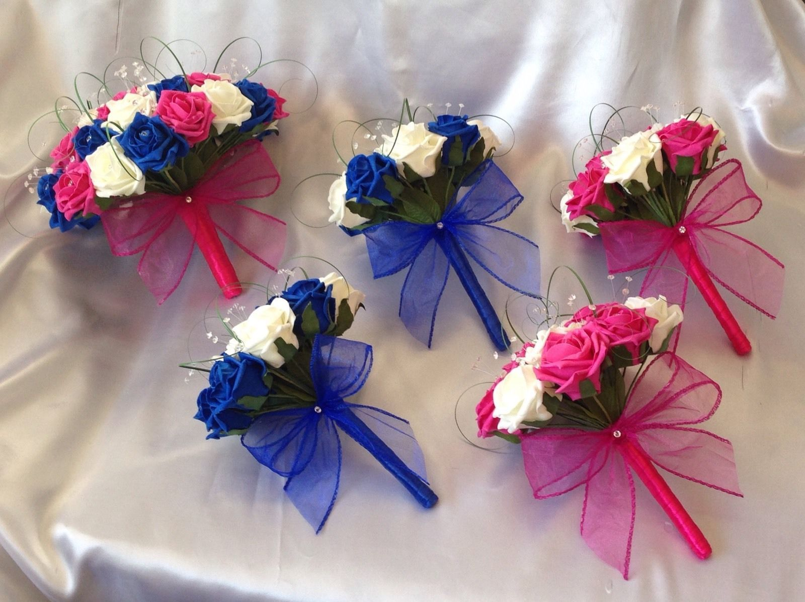 hot pink wedding bouquets photo - 1