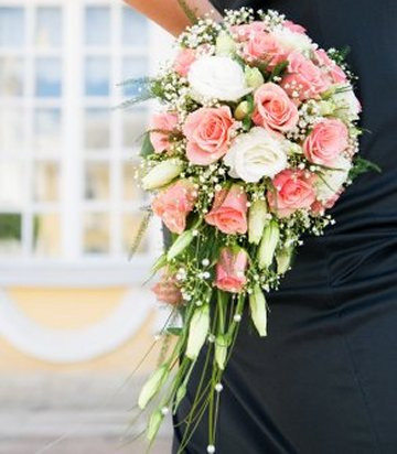 how much are wedding bouquets photo - 1