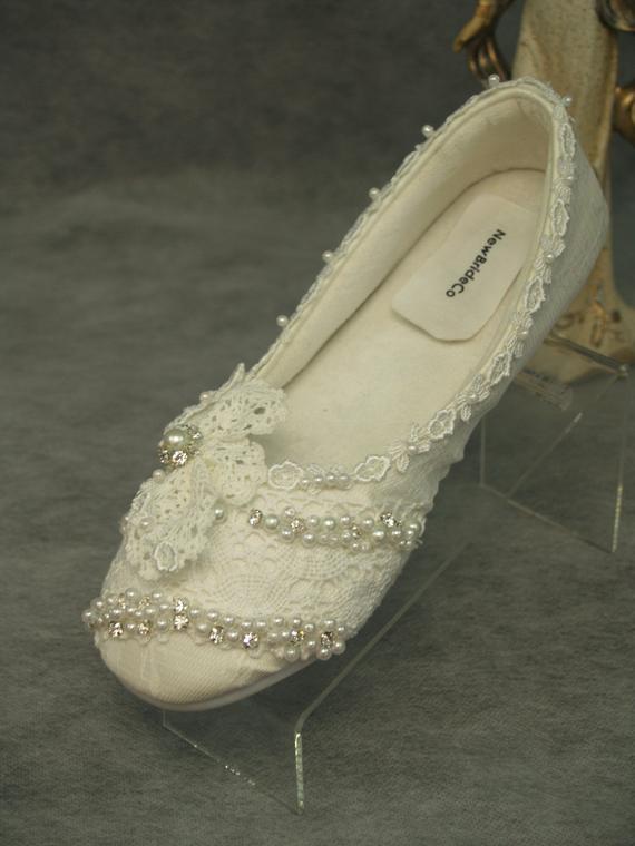 ivory lace flat wedding shoes photo - 1