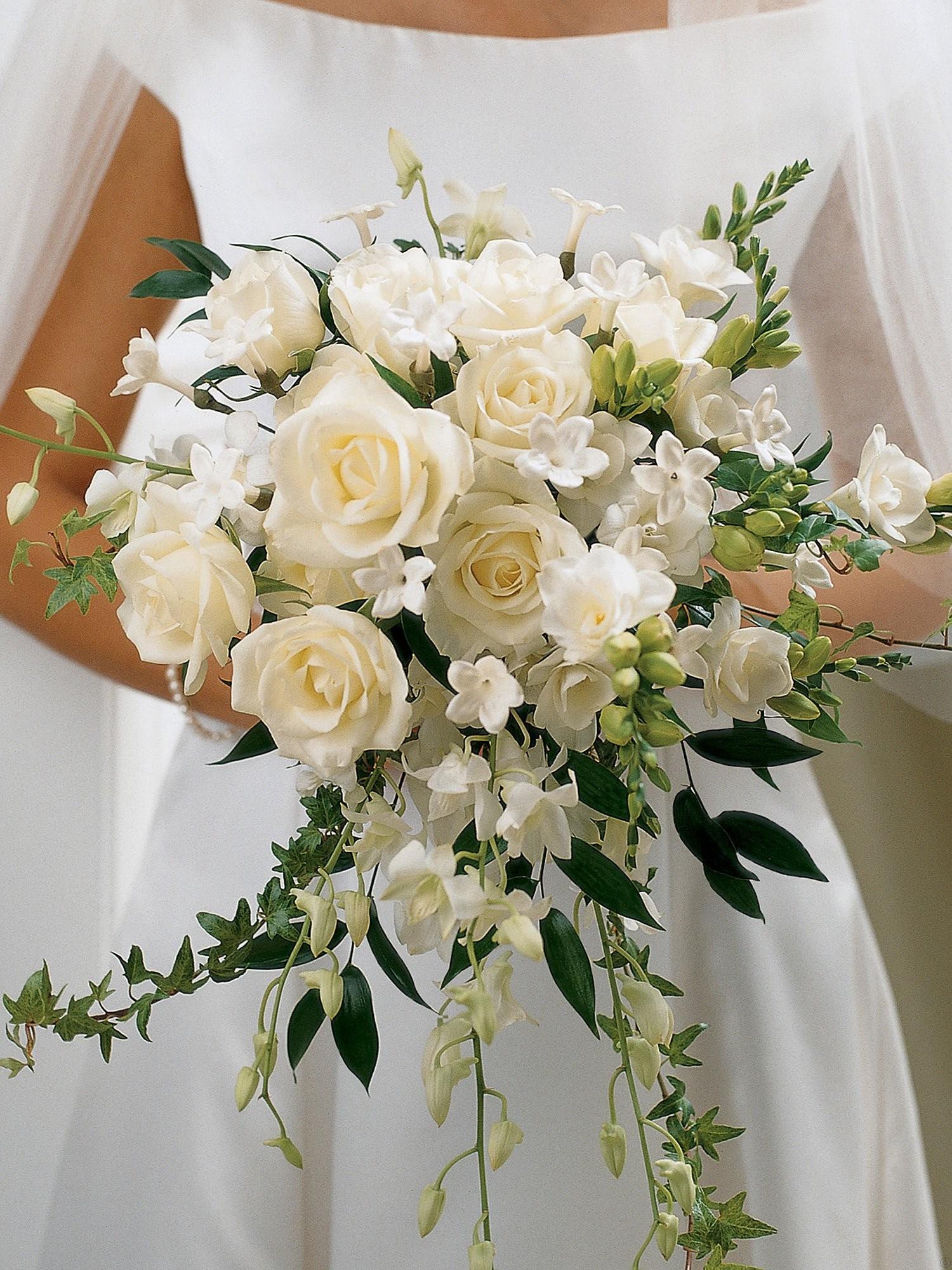 ivory rose wedding bouquets photo - 1