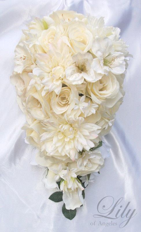 ivory wedding bouquet photo - 1