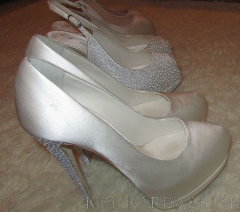 kim kardashian wedding shoes photo - 1