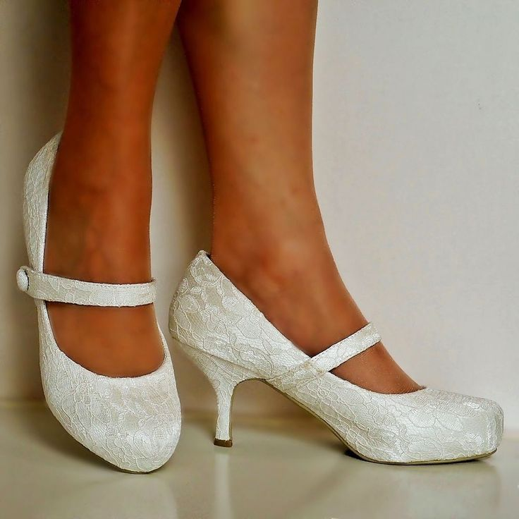 kitten heels wedding shoes photo - 1
