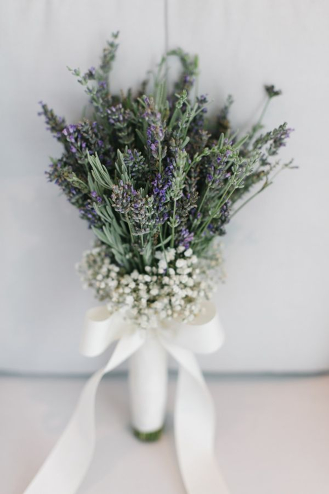 lavender wedding bouquet photo - 1