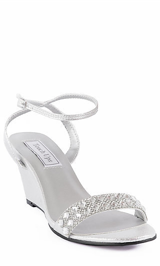 low heel wedge wedding shoes photo - 1