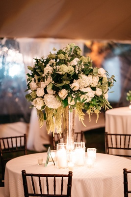 magnolia wedding flowers photo - 1