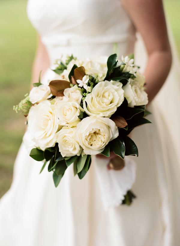 magnolias wedding flowers photo - 1