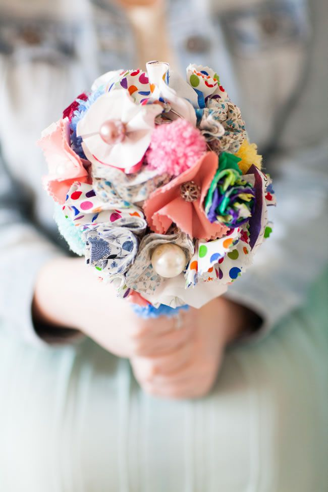 march wedding bouquets photo - 1