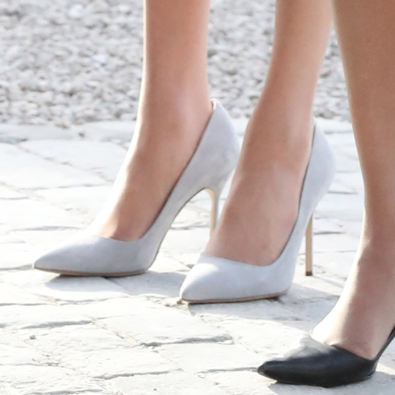 meghan markle wedding shoes photo - 1