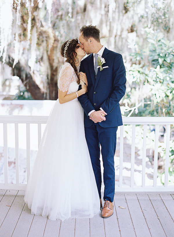 mens ivory dress shoes wedding photo - 1