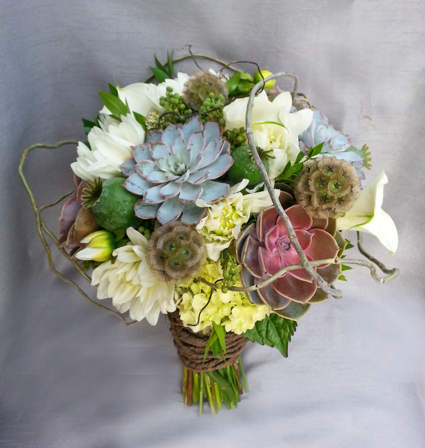 natural flower wedding bouquets photo - 1