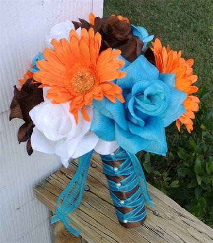 orange and white wedding bouquets photo - 1