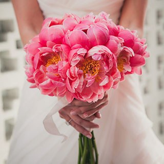 pale pink wedding bouquets photo - 1