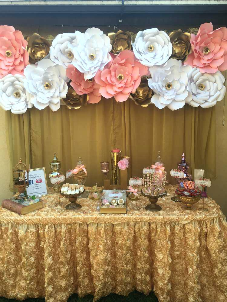 paper flowers wedding centerpiece photo - 1