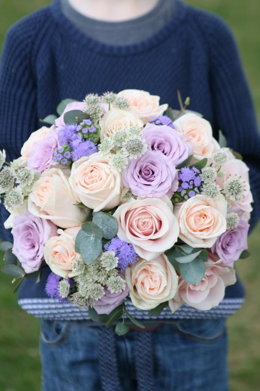peach wedding bouquet photo - 1