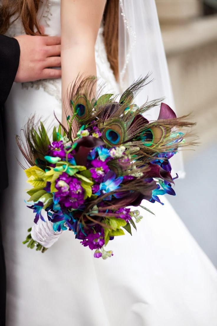peacock wedding bouquets photo - 1