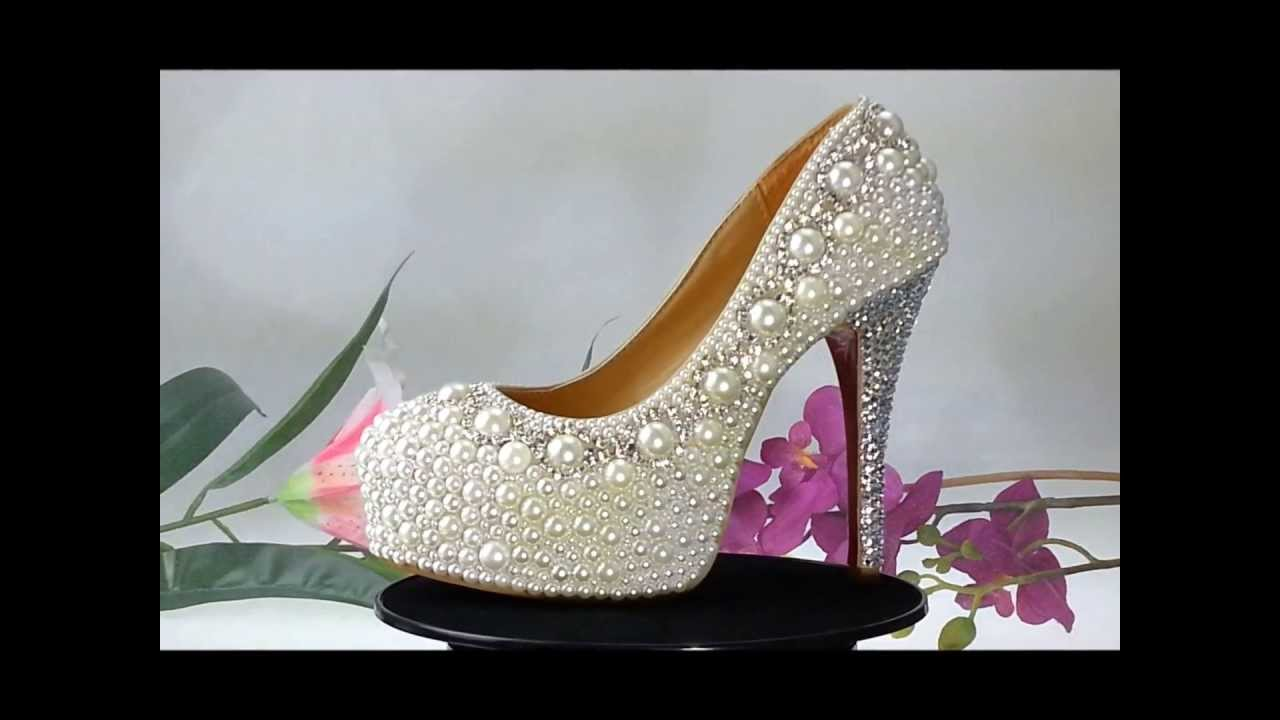 pearl and crystal wedding shoes photo - 1