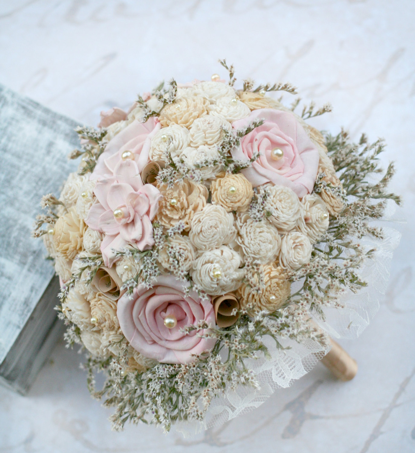 pink and gold wedding bouquets photo - 1