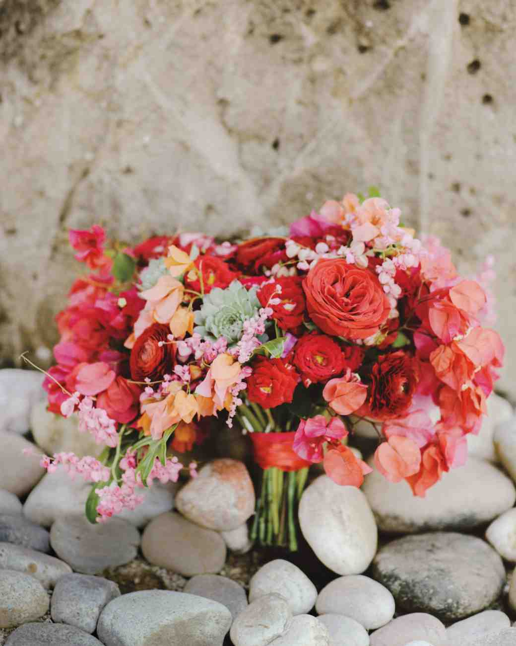 pink and white wedding bouquets photo - 1