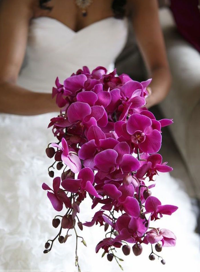 pink roses wedding bouquet photo - 1