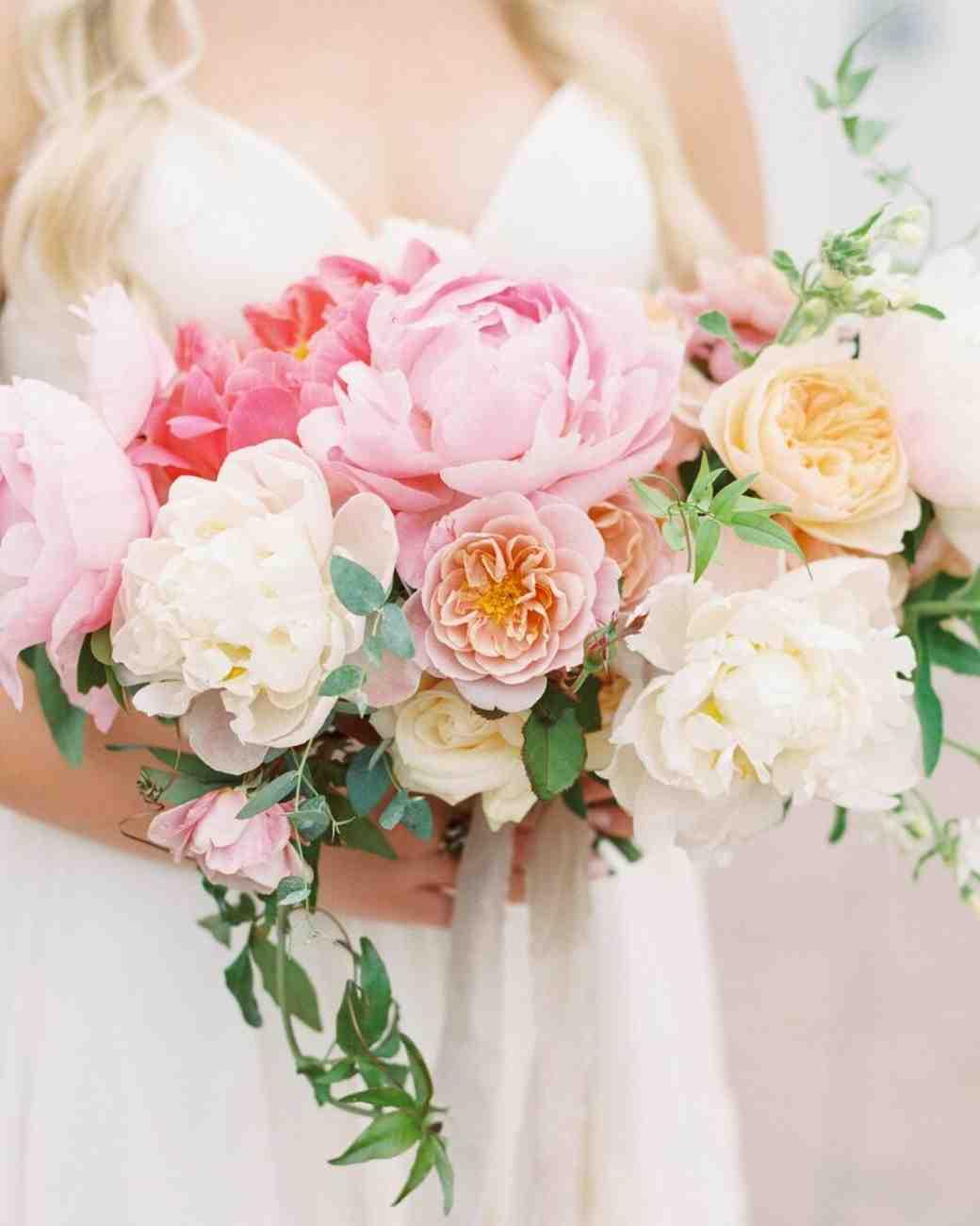 pink wedding bouquet photo - 1