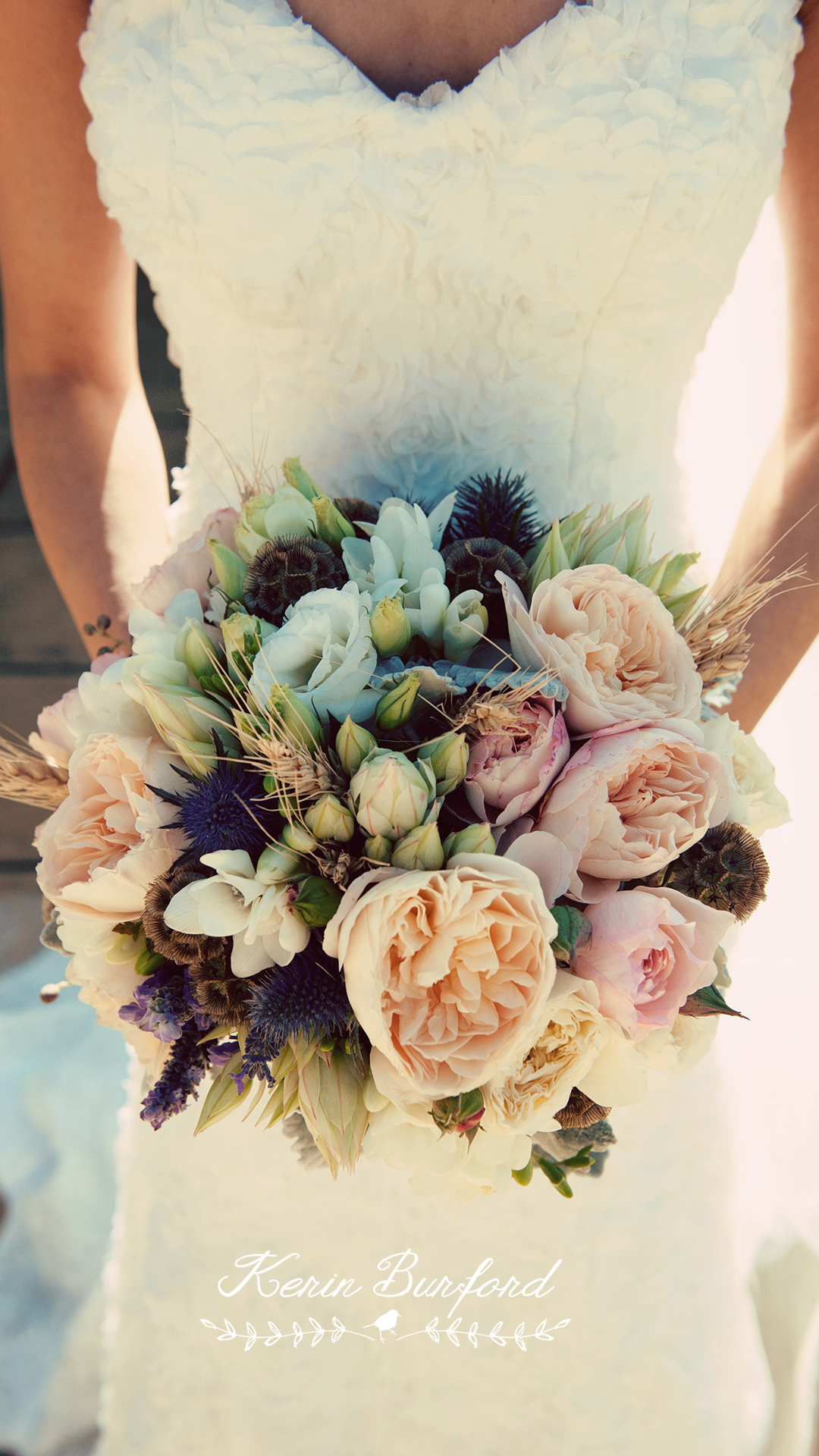 pretty wedding flowers photo - 1
