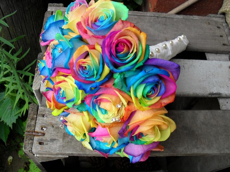 rainbow rose wedding bouquets photo - 1