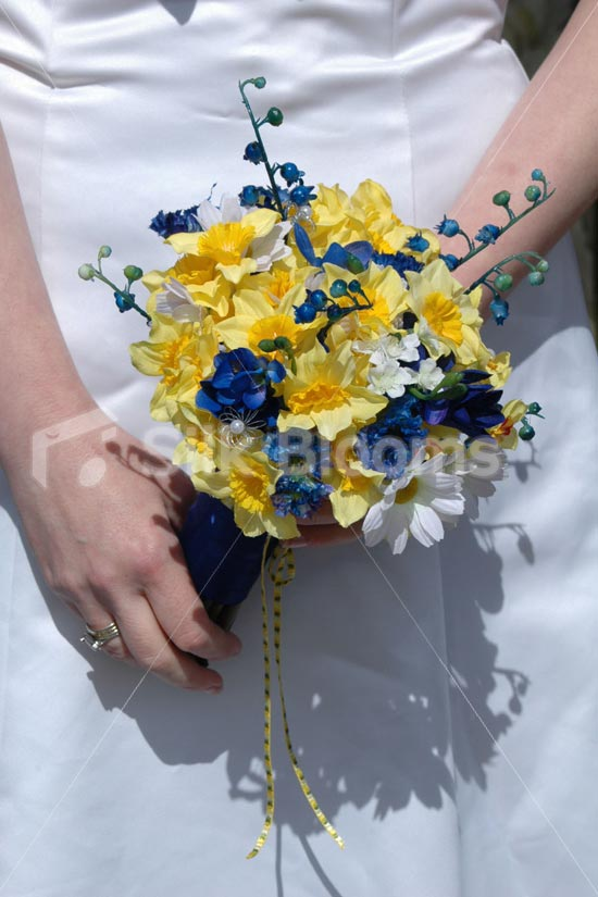 royal blue and yellow wedding bouquets photo - 1