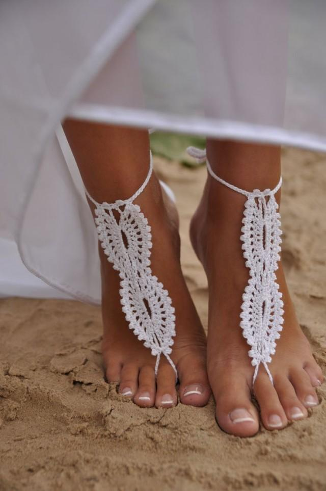 shoes for beach wedding guest photo - 1