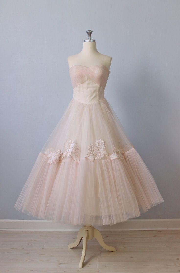 shoes for tea length wedding dress photo - 1