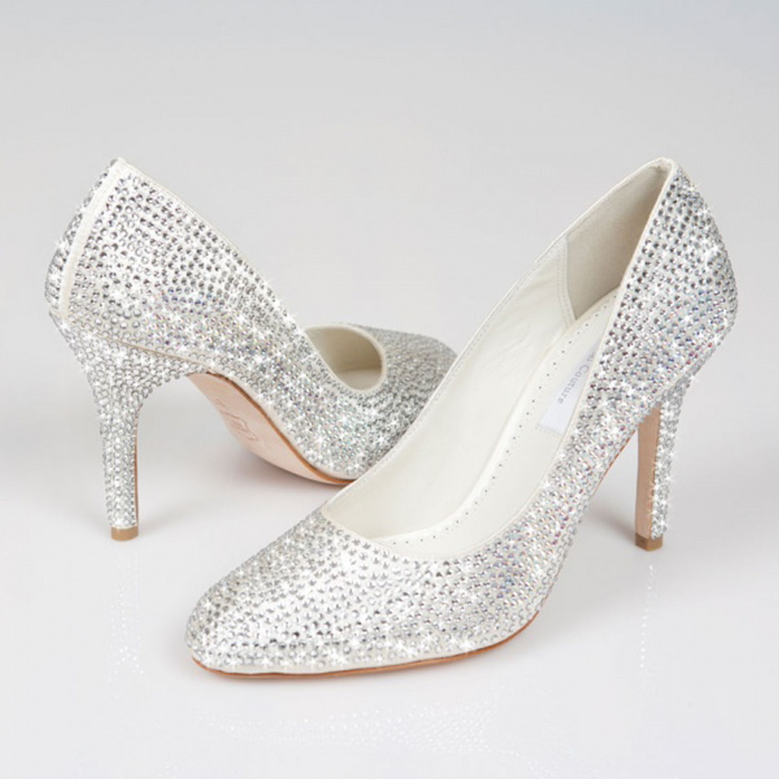 silver flat shoes for wedding photo - 1