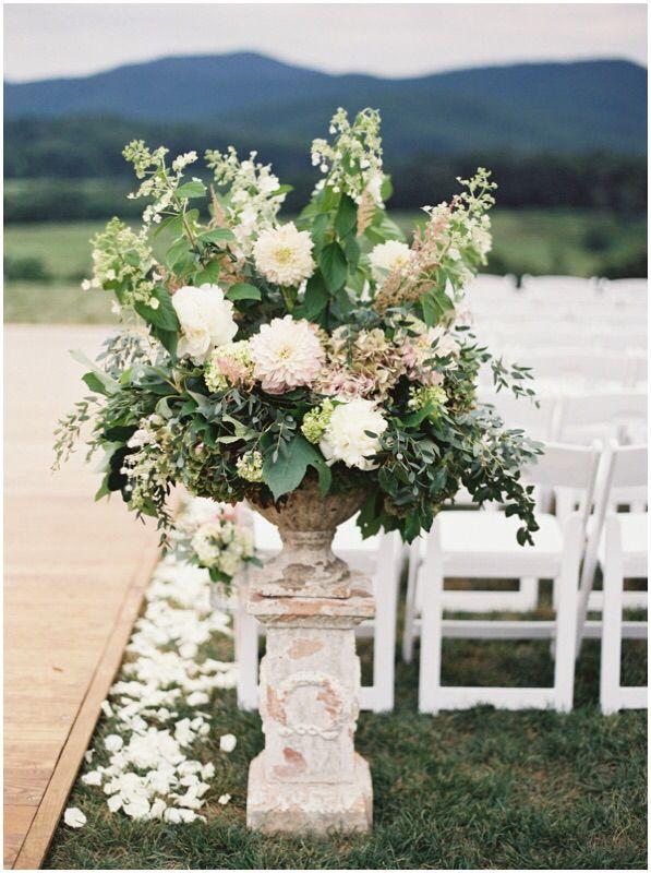 silver wedding flowers photo - 1