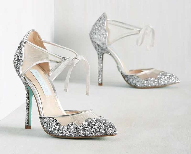 silver wedding shoes for bride photo - 1