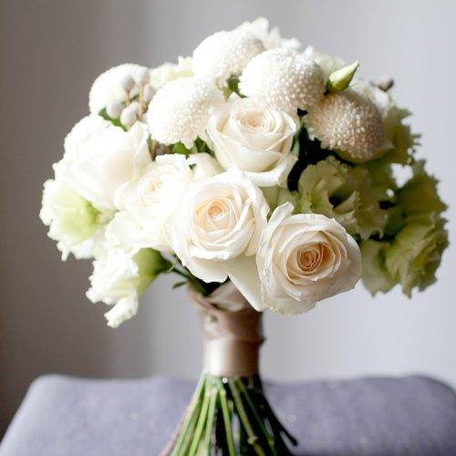 simple beach wedding bouquets photo - 1