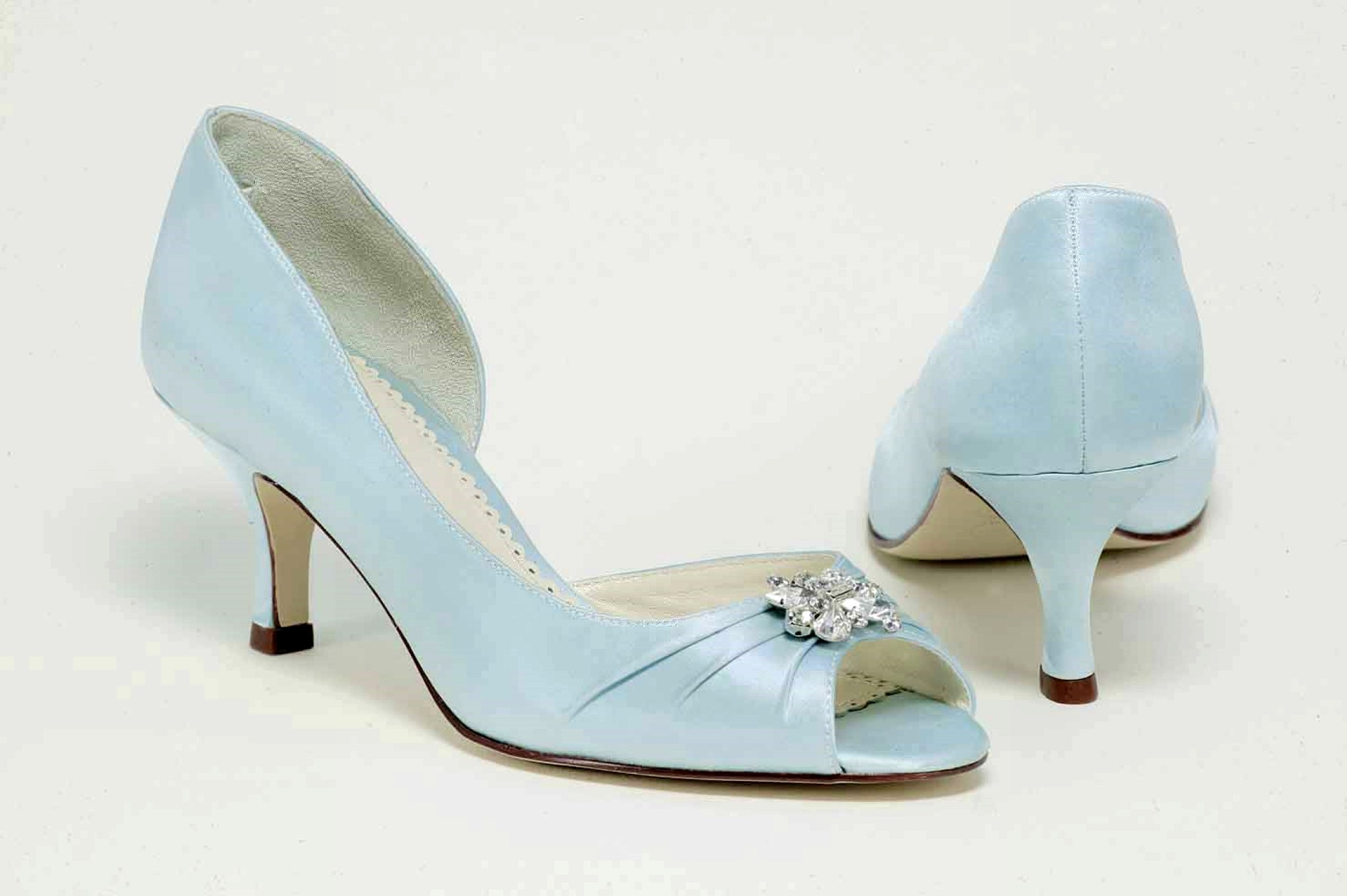 something blue wedding shoes photo - 1
