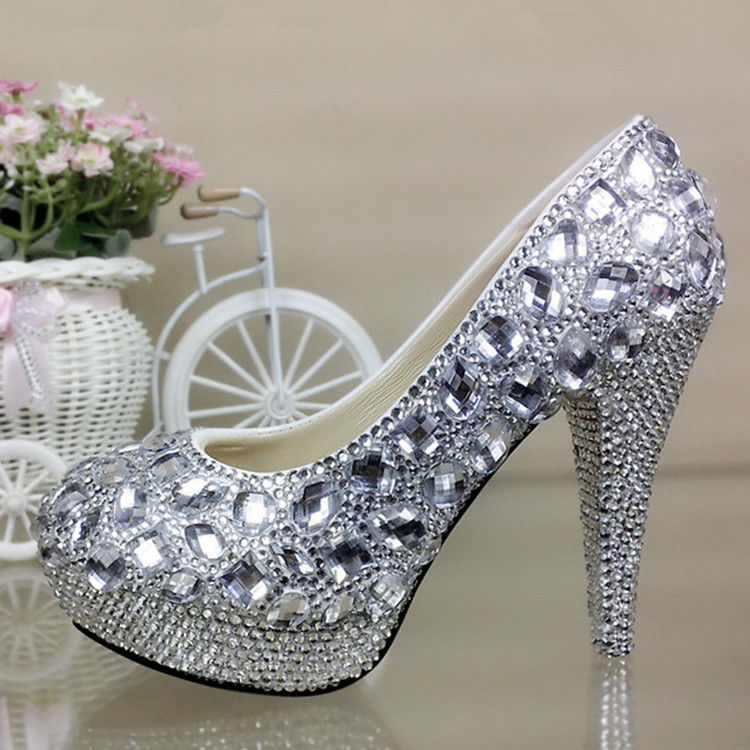 sparkly wedding shoes photo - 1