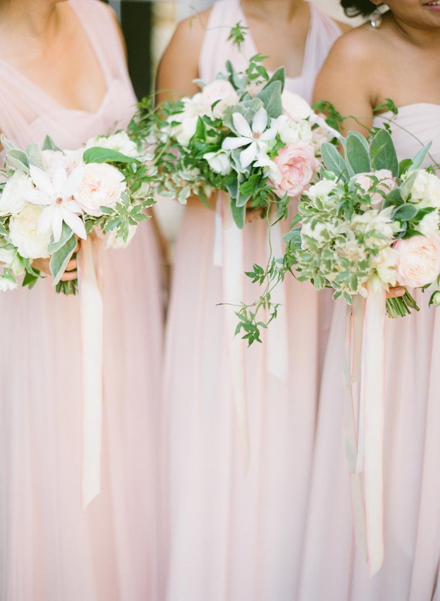 summer wedding flowers photo - 1