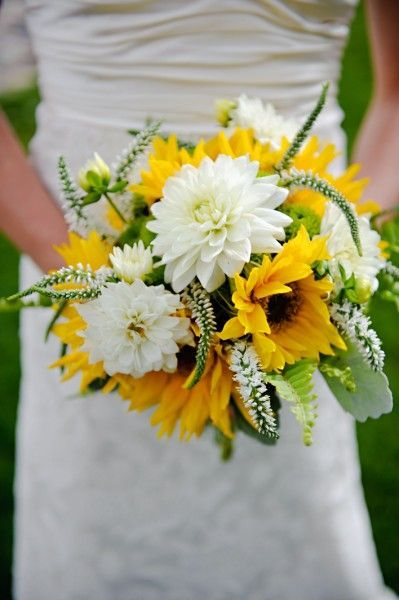 sunflower bouquet wedding photo - 1