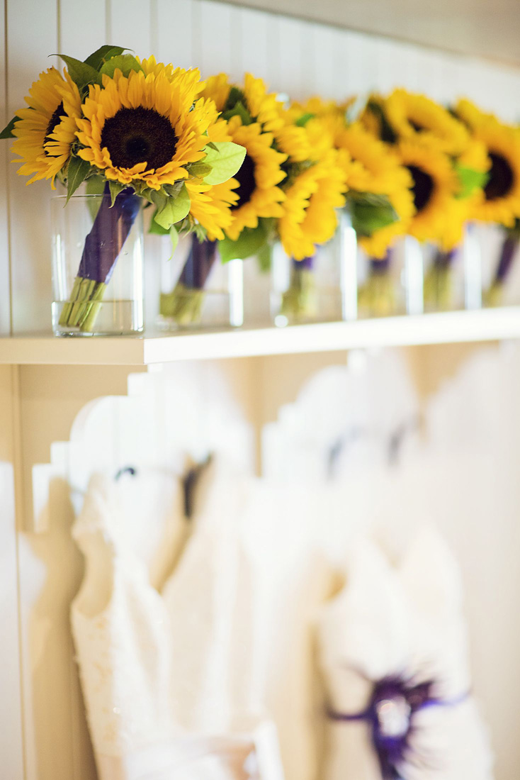sunflower bouquets wedding photo - 1
