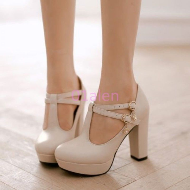 t strap wedding shoes photo - 1