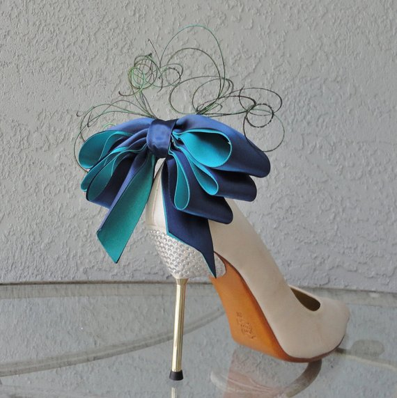 teal blue shoes for wedding photo - 1