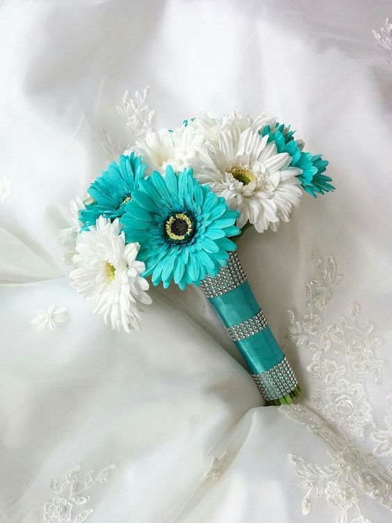teal blue wedding bouquets photo - 1