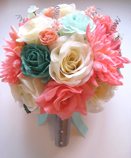 teal wedding bouquet photo - 1