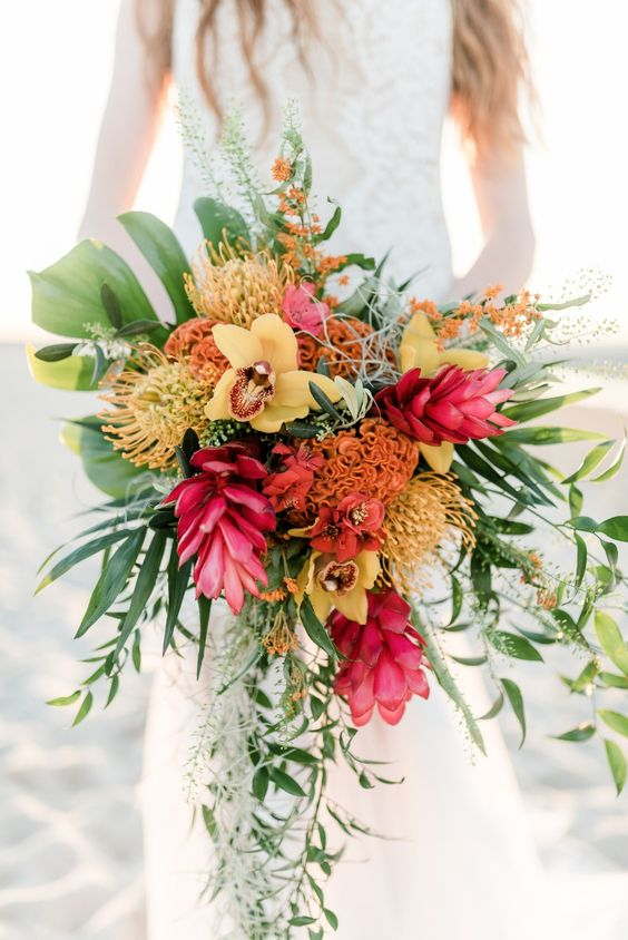tropical wedding bouquet photo - 1
