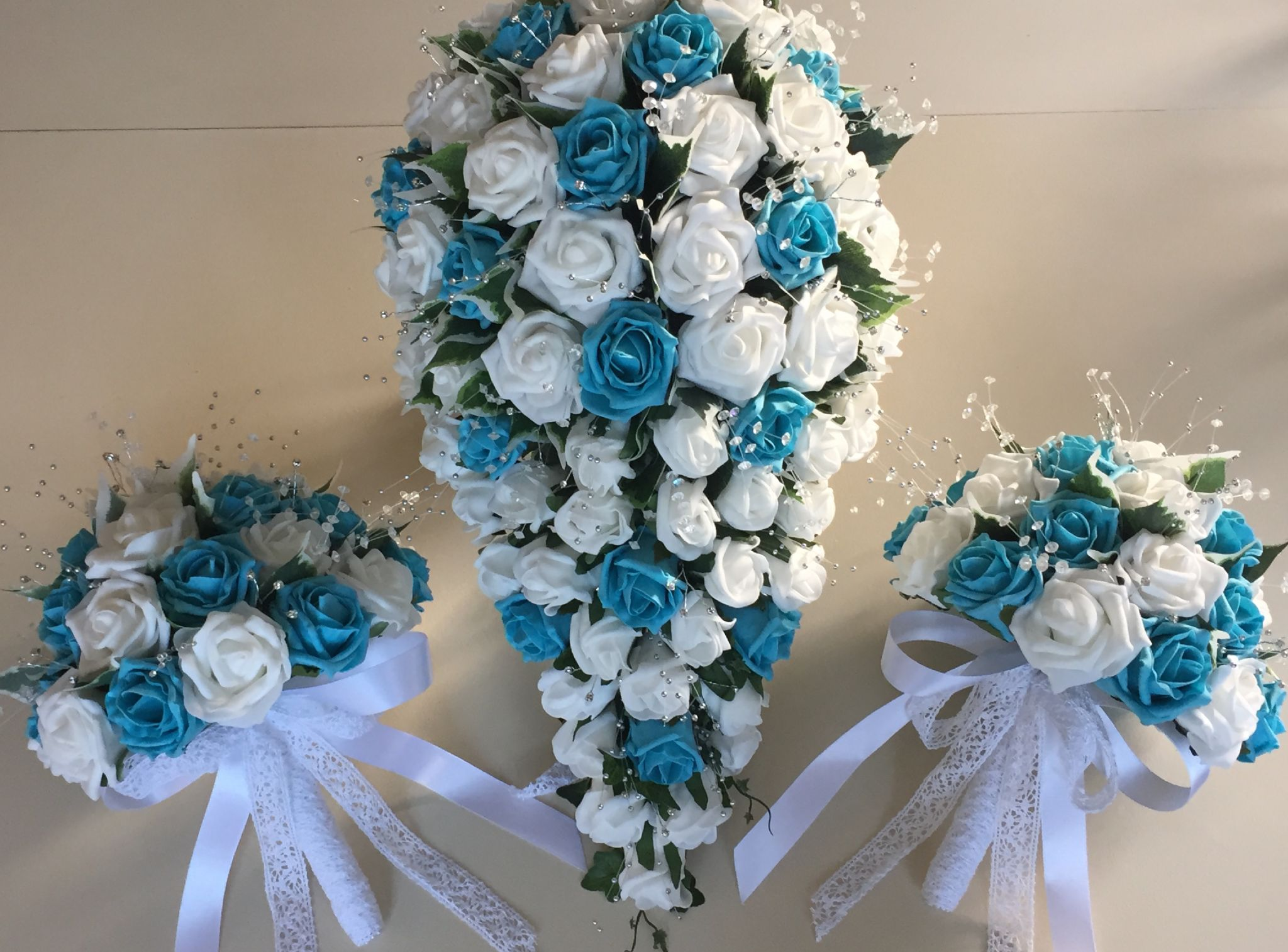 turquoise and white wedding bouquets photo - 1