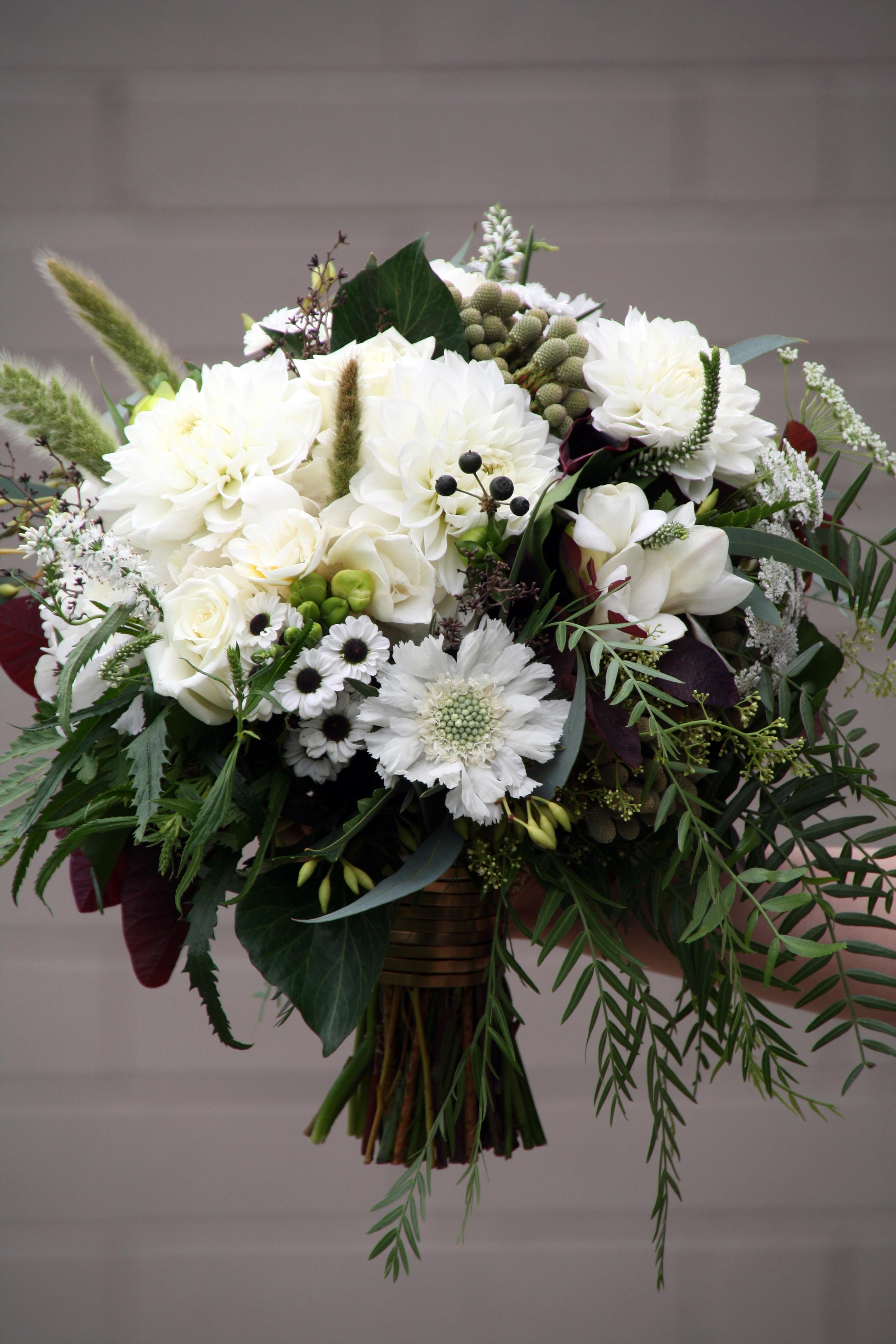 unique bridal bouquets photo - 1