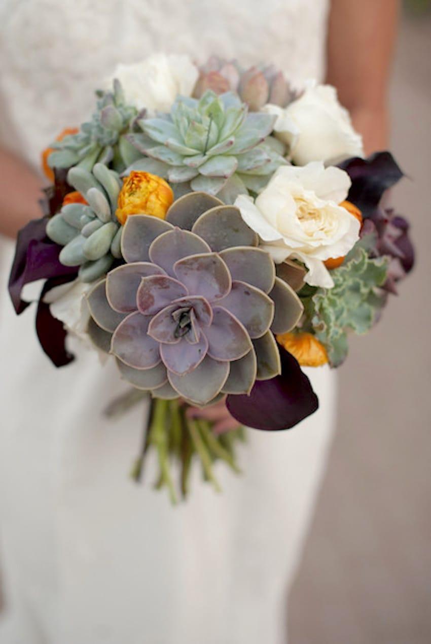 unique wedding bouquet photo - 1