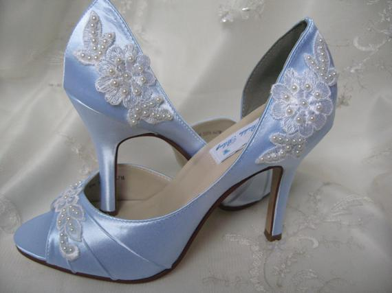 vintage blue wedding shoes photo - 1