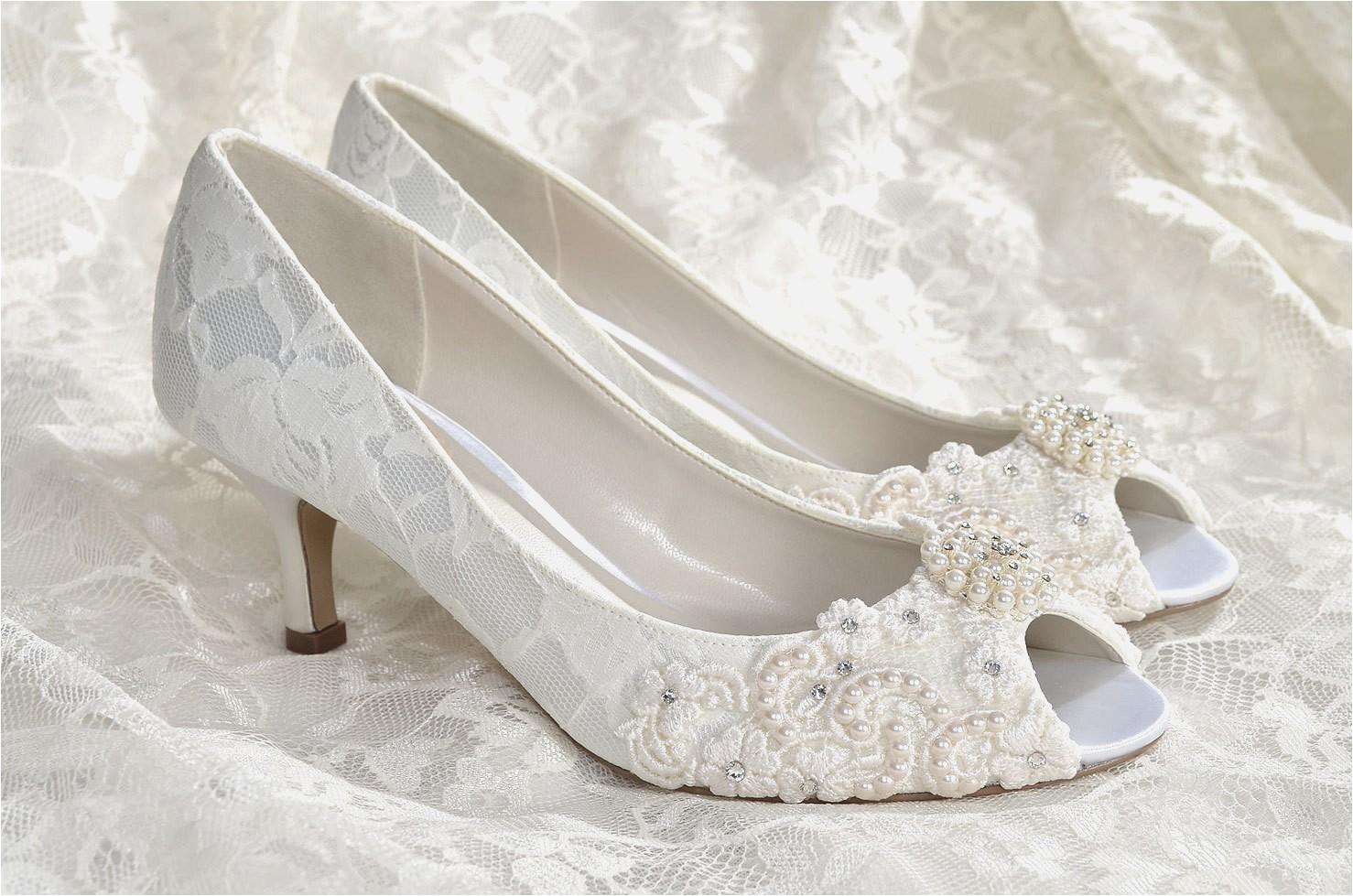 vintage bridal shoes ivory photo - 1