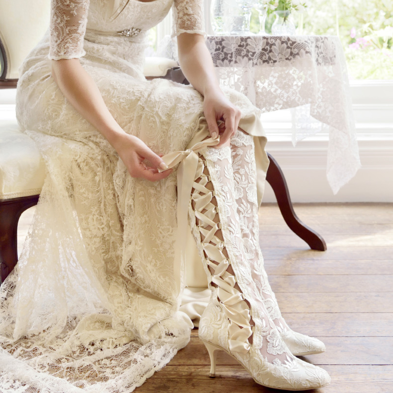 vintage inspired wedding shoes photo - 1